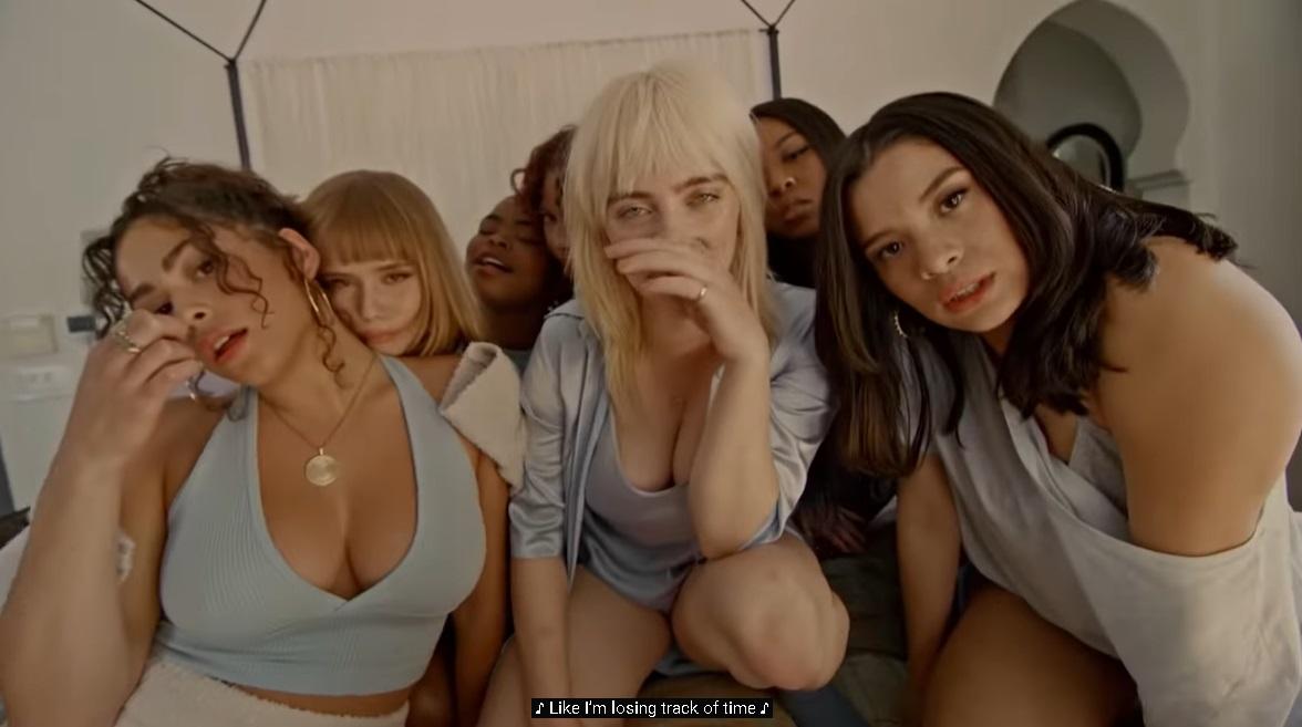 【画像】ビリーアイリッシュちゃんの新曲MVがHすぎるwww