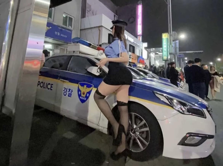 【画像】この韓国の女ポリスさん、エチエチすぎるwww