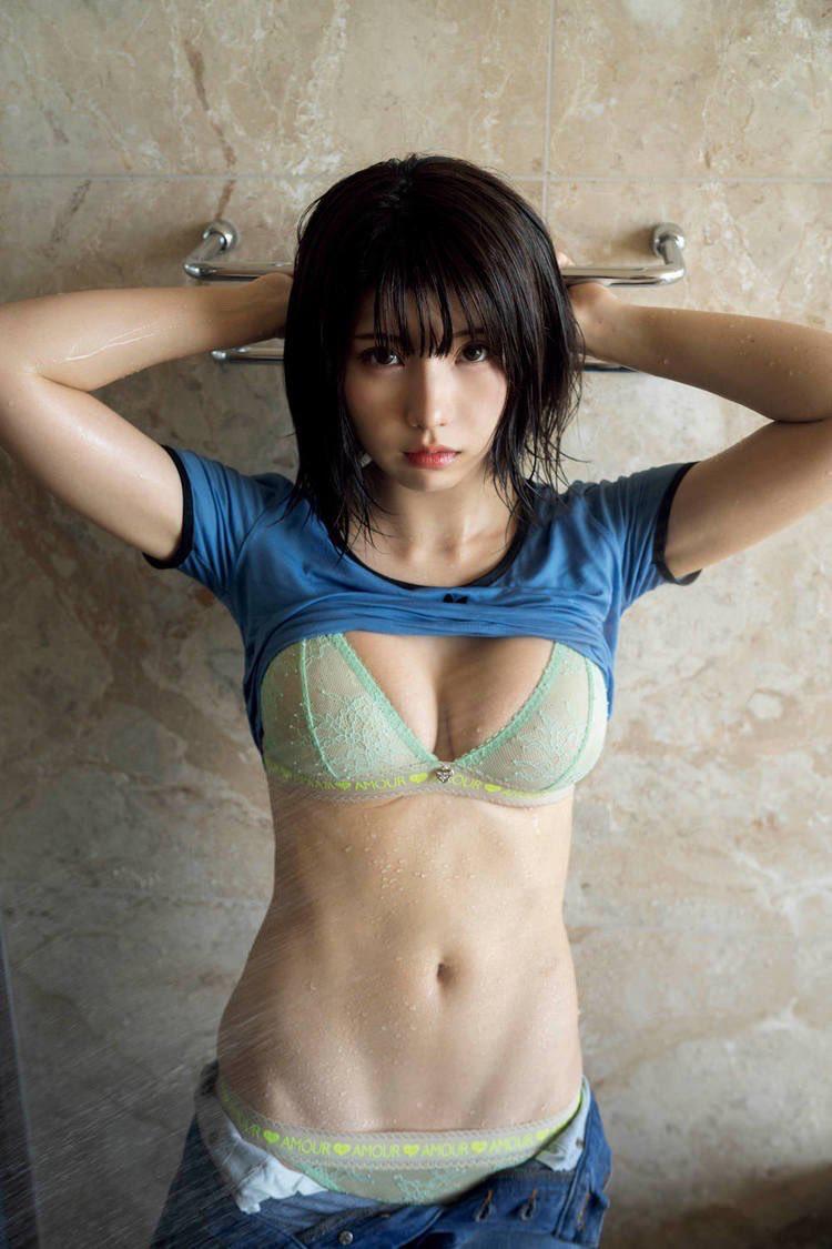【画像】理想の体型を持った女子見つかるwww