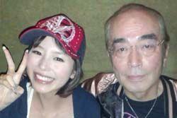 平野綾、志村けんとの2ショット写真を公開「本当に素敵な方 尊敬します」