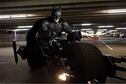 【画像】千葉県のバットマン チバットマンとかいうオッサンが糞カッコイイwwwww