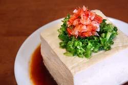今アメリカで豆腐が人気!ダイエットにも健康にも良い最高の飲み物と評判。・・・ん?