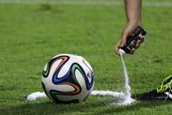【サッカー】W杯で審判が使ってるあの白スプレーの裏話